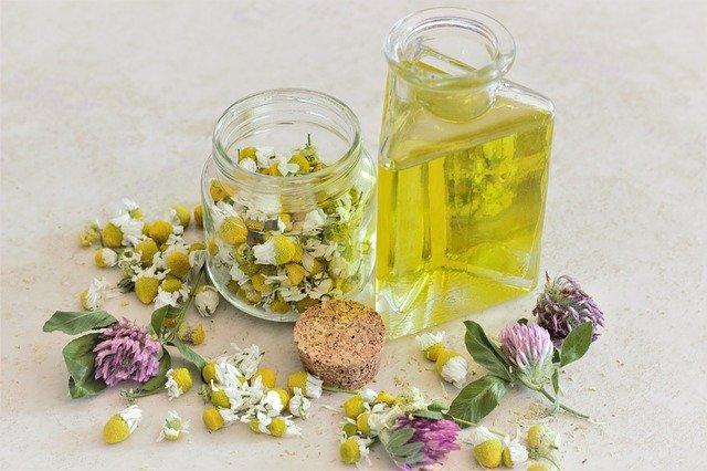 Minyak Esensial Lavender Dan Manfaatnya Bagi Kesehatan